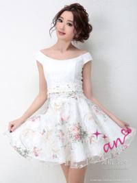 White×PinkFlower